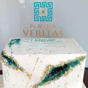 "topo de bolo aniversário ""IN ACQUA VERITAS"""